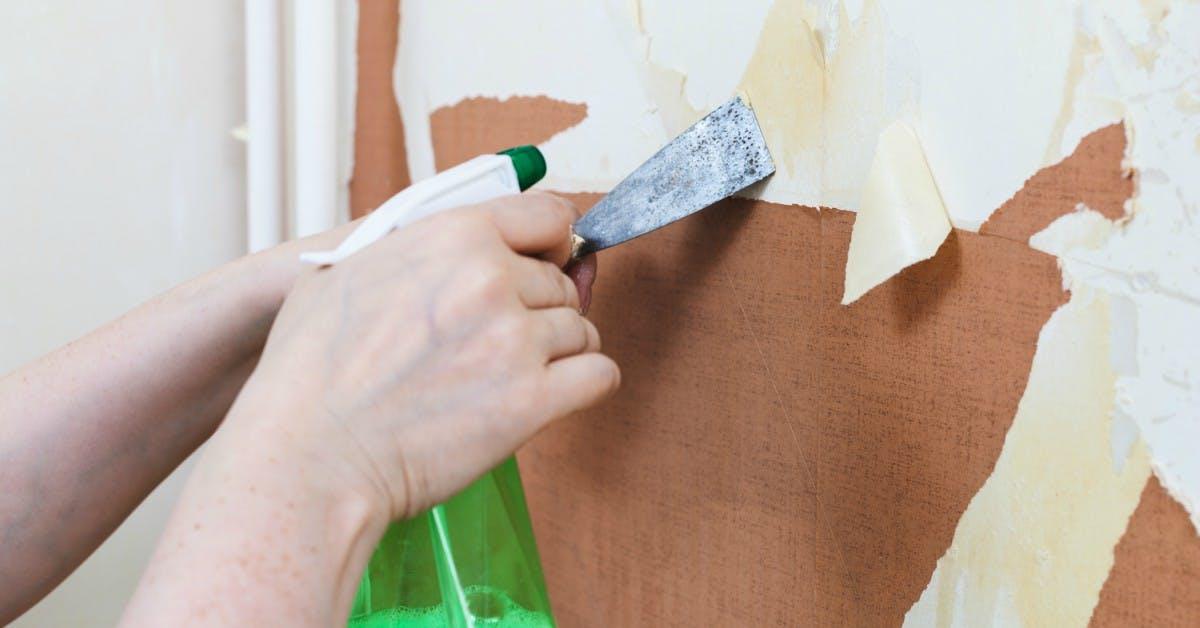 Behang-verwijderen-en-afweken