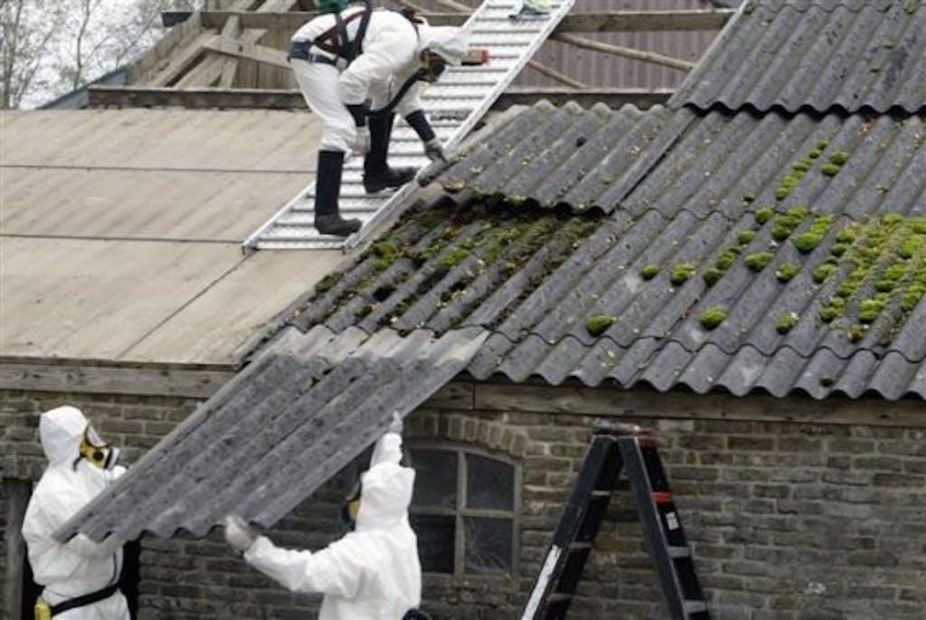 Verwijdering-asbestplaten