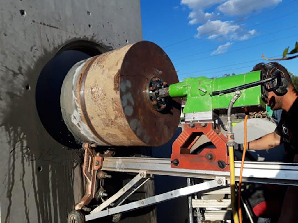 boren-in-beton-sloop-gigant